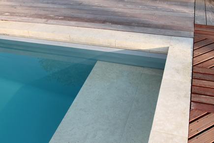 Les carrelages ferrand carcassonne for Carrelage contour piscine