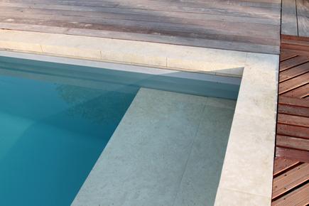 Les carrelages ferrand carcassonne for Carrelage contour piscine
